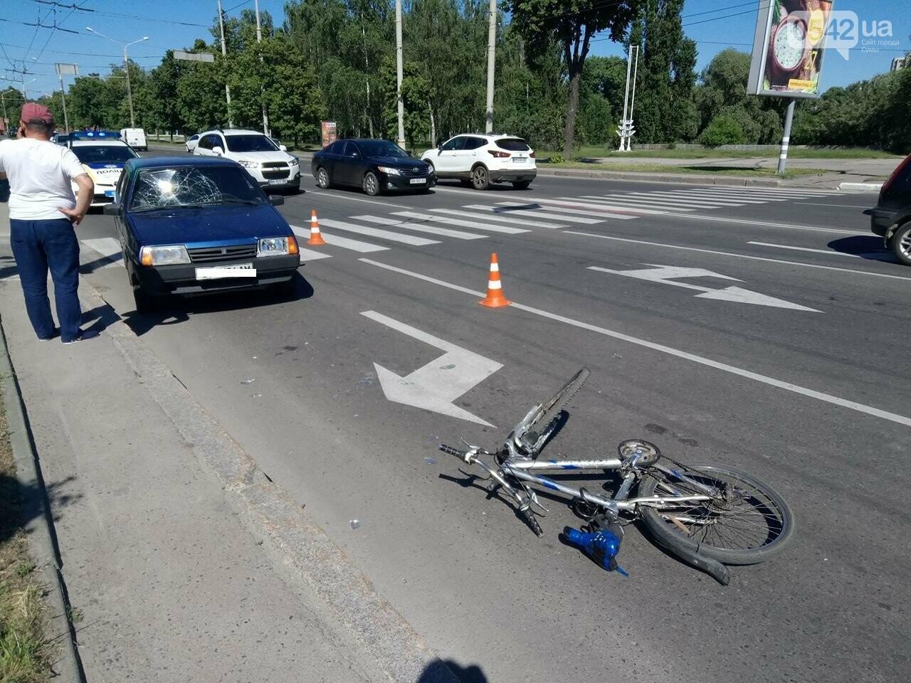 В Сумах легковушка сбила велосипедиста , фото-2