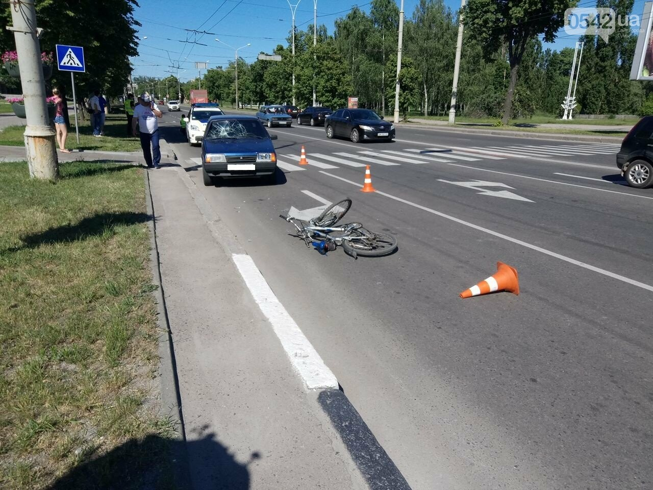В Сумах легковушка сбила велосипедиста , фото-3