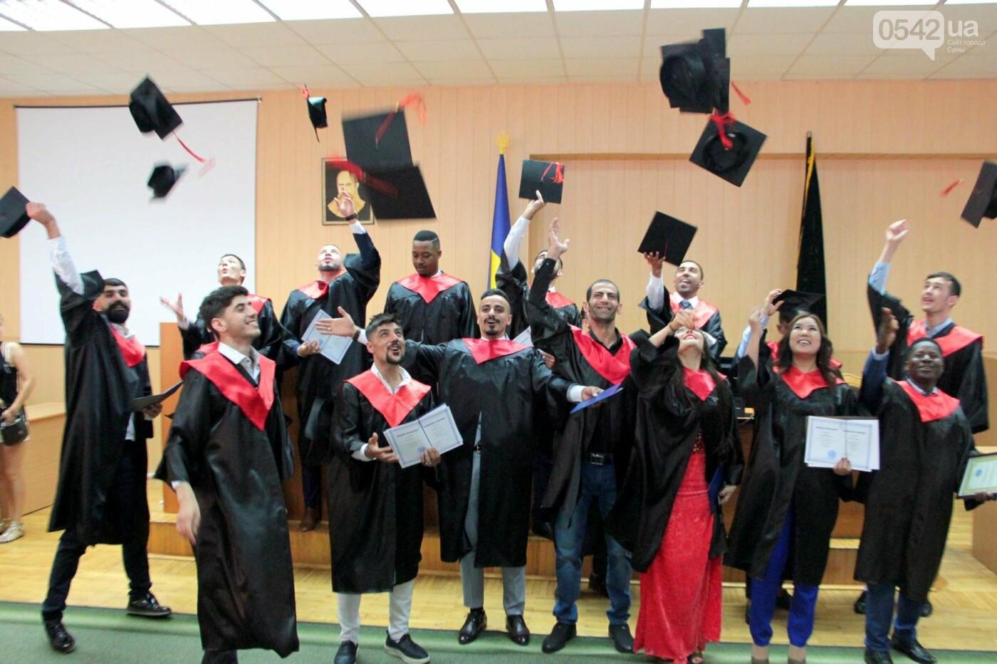 В Сумском НАУ состоялся торжественный выпуск студентов-иностранцев, фото-3