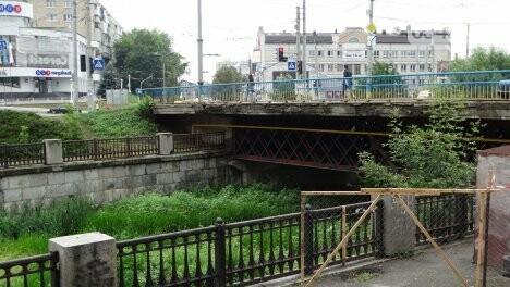 В Сумах начали ремонтировать мост на Горького, фото-1