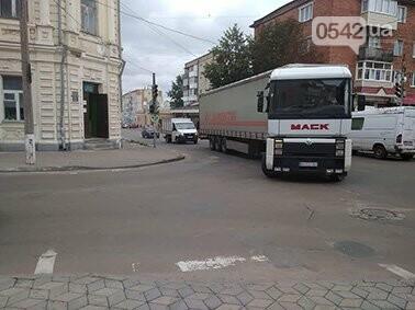 Мэр Глухова Терещенко проигнорировал разрушения фурами исторического заповедника, фото-2