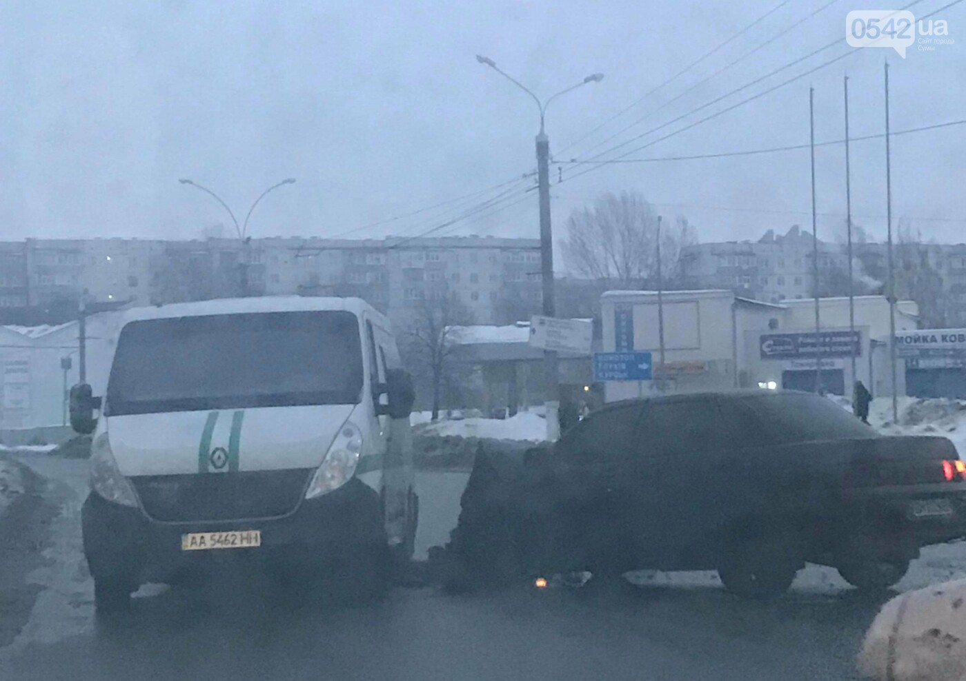 На пр. Лушпы в Сумах из-за ДТП затруднено движение транспорта, фото-2