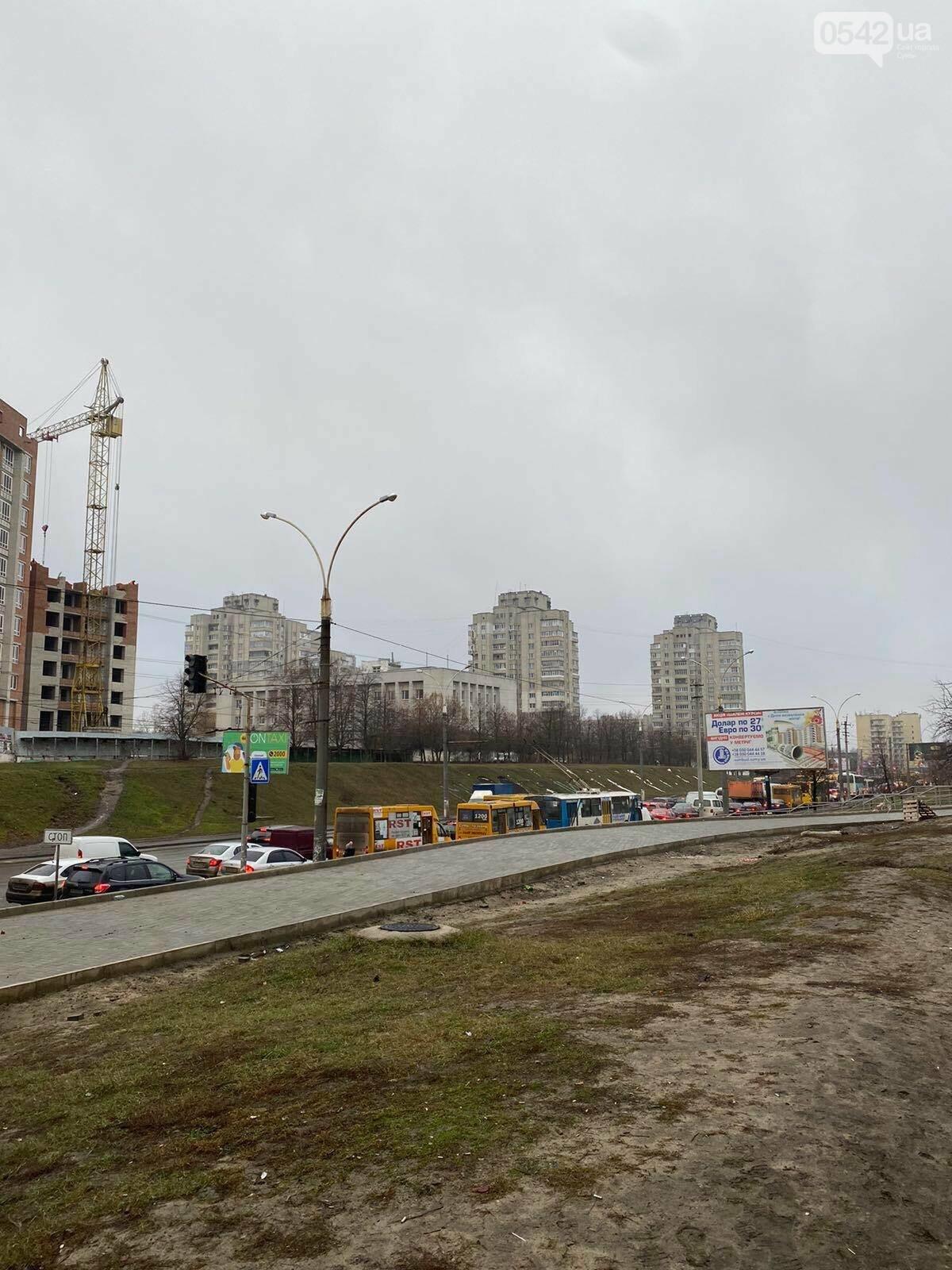 У Сумах через ДТП тимчасово «стояв» проспект Лушпи, фото-2