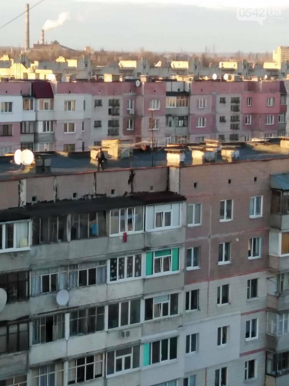 У Сумах все частіше підлітки бавляться на дахах багатоповерхівок, фото-4