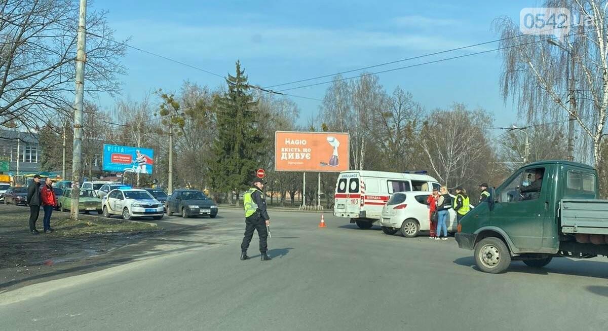 У Сумах біля автовокзалу сталася ДТП. ОНОВЛЕНО, фото-1