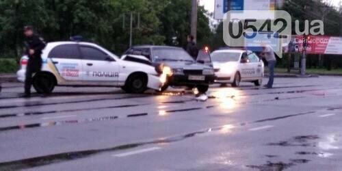 Стали відомі подробиці ДТП за участю автомобіля поліції охорони у Сумах, фото-1