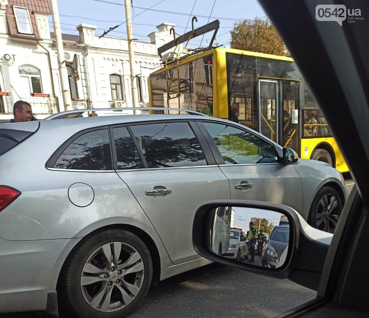 У Сумах ДТП за участю маршрутки, фото-2