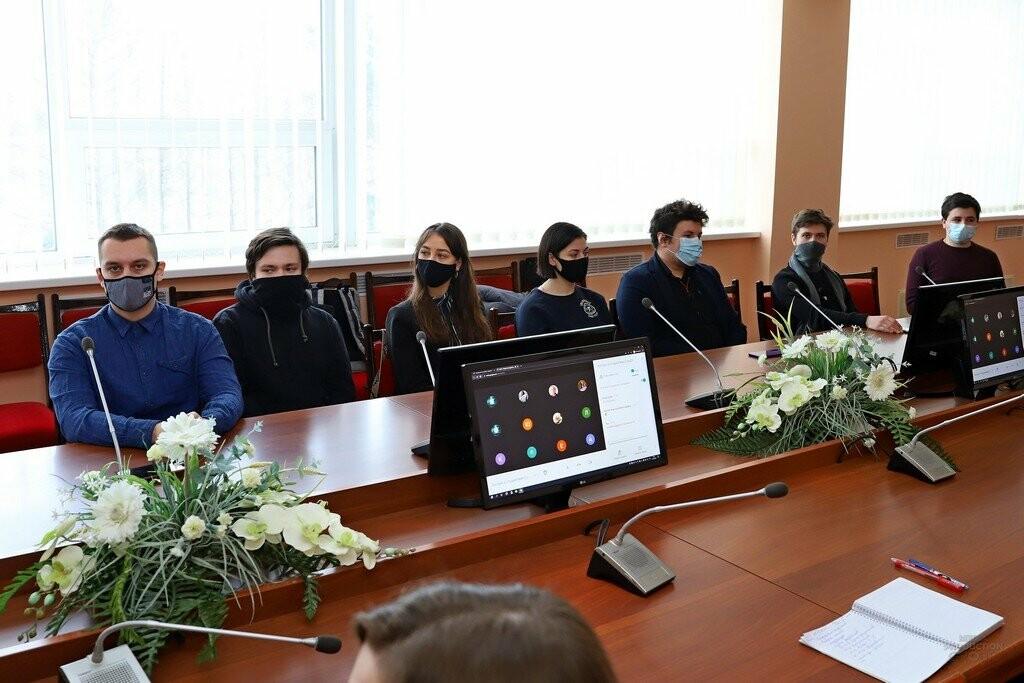 Ректор СумДУ Василь Карпуша зустрівся з представниками студентського самоврядування, фото-3