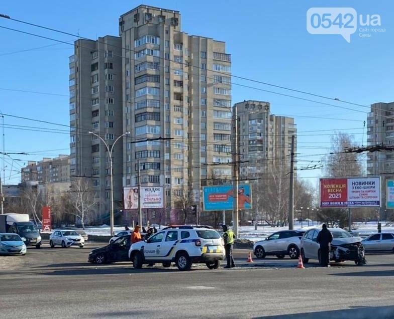 У Сумах на перехресті Харківської сталася ДТП, фото-1