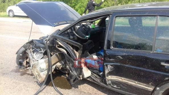 Под Сумами ДТП: столкнулись два Volkswagen, фото-1