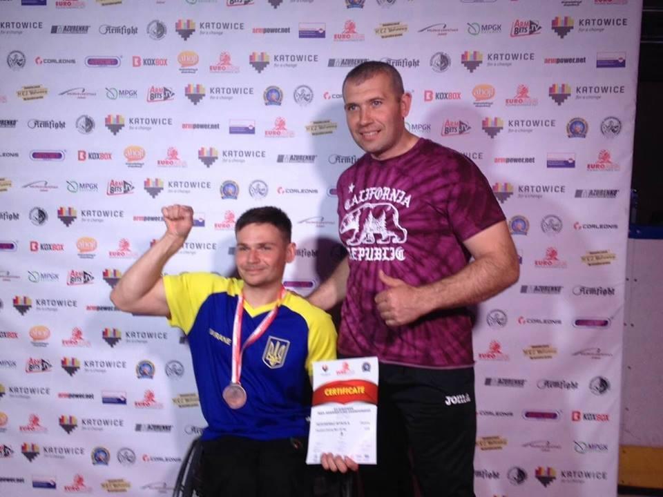 Сумчанин стал чемпионом мира по армрестлингу среди инвалидов-колясочников, фото-1