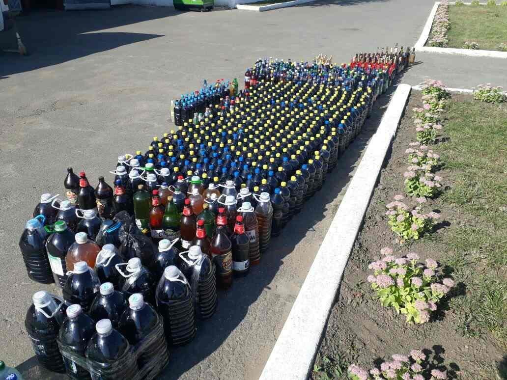На Сумщине в пограничной полосе двое молдаван перевозили более 1200 литров алкогольной продукции, фото-4