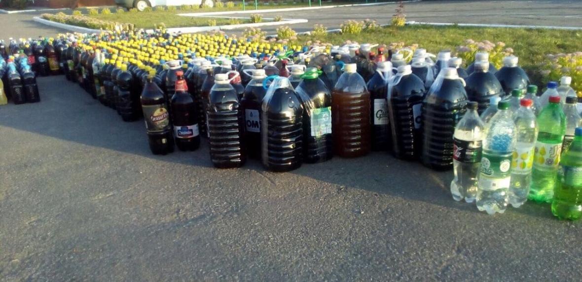 На Сумщине в пограничной полосе двое молдаван перевозили более 1200 литров алкогольной продукции, фото-6