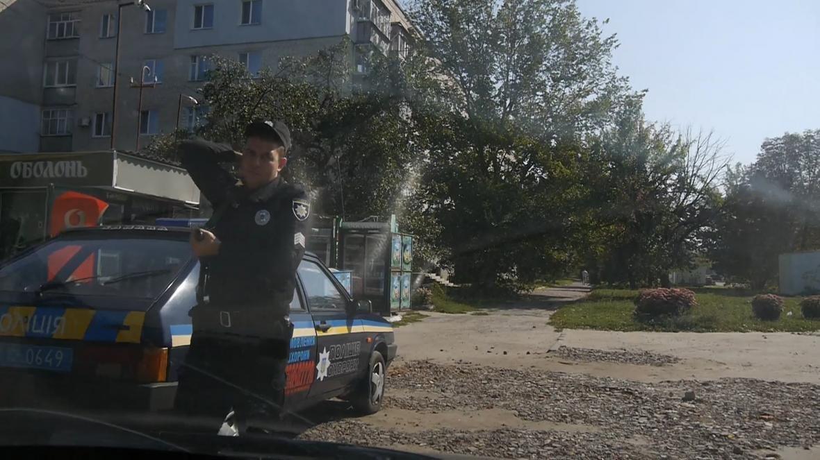 На Сумщине работники полиции охраны спасли жизнь избитому мужчине, фото-2