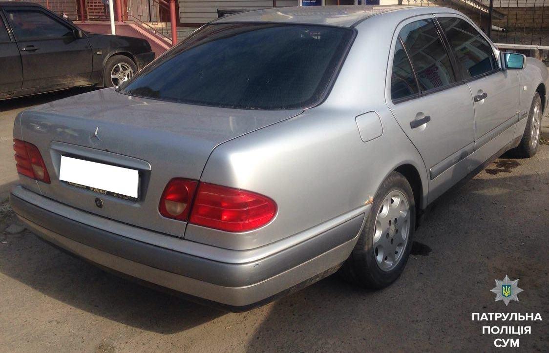 В Сумах патрульные обнаружили автомобиль, который имел проблемы с законом, фото-1