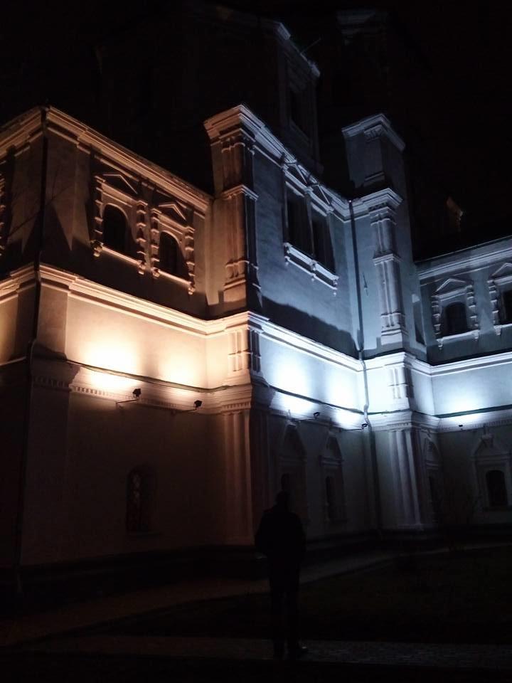 В Сумах подсветили стены Воскресенской церкви, фото-2