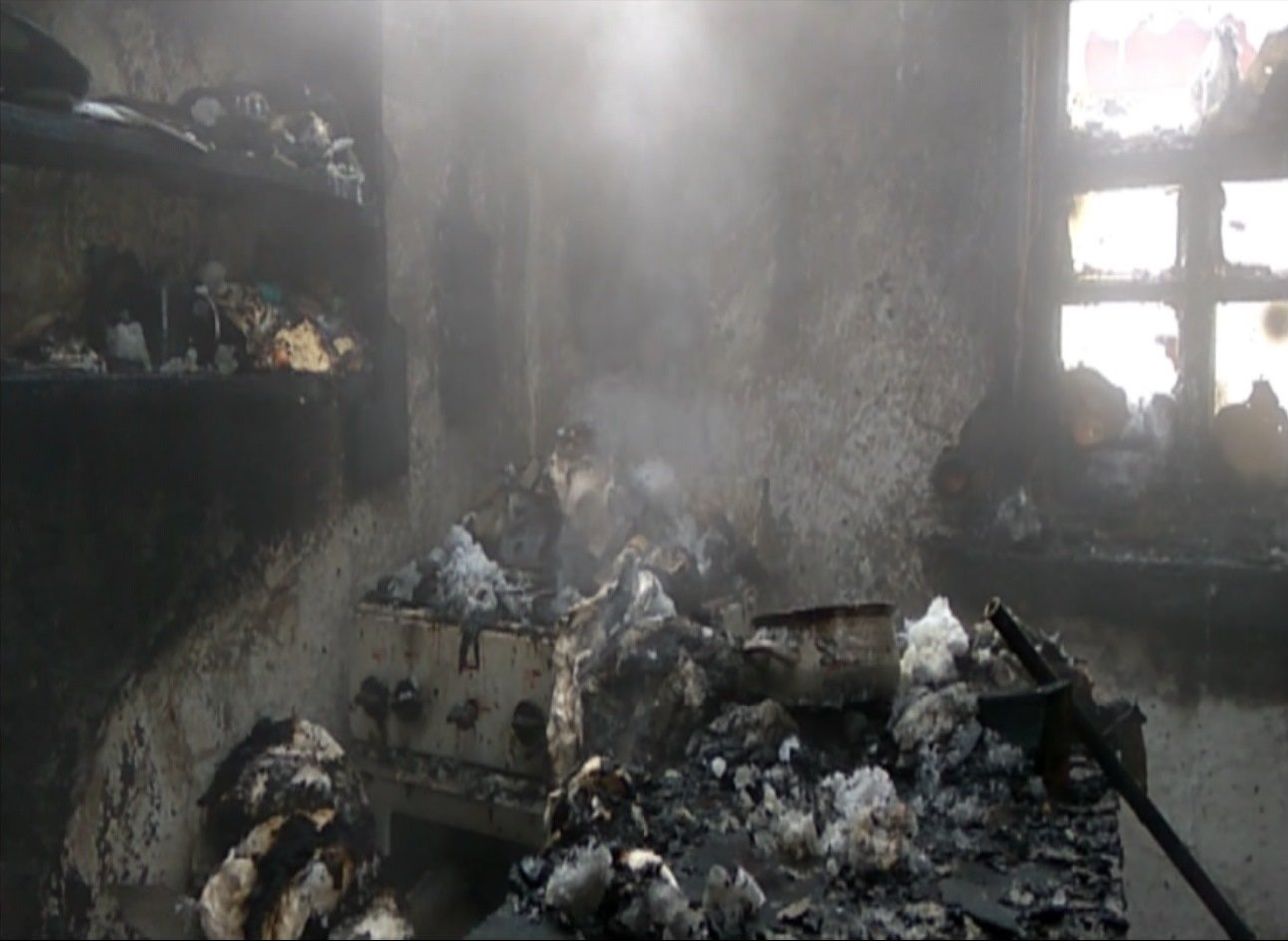 На Сумщине пожарные тушили летнюю кухню, фото-2