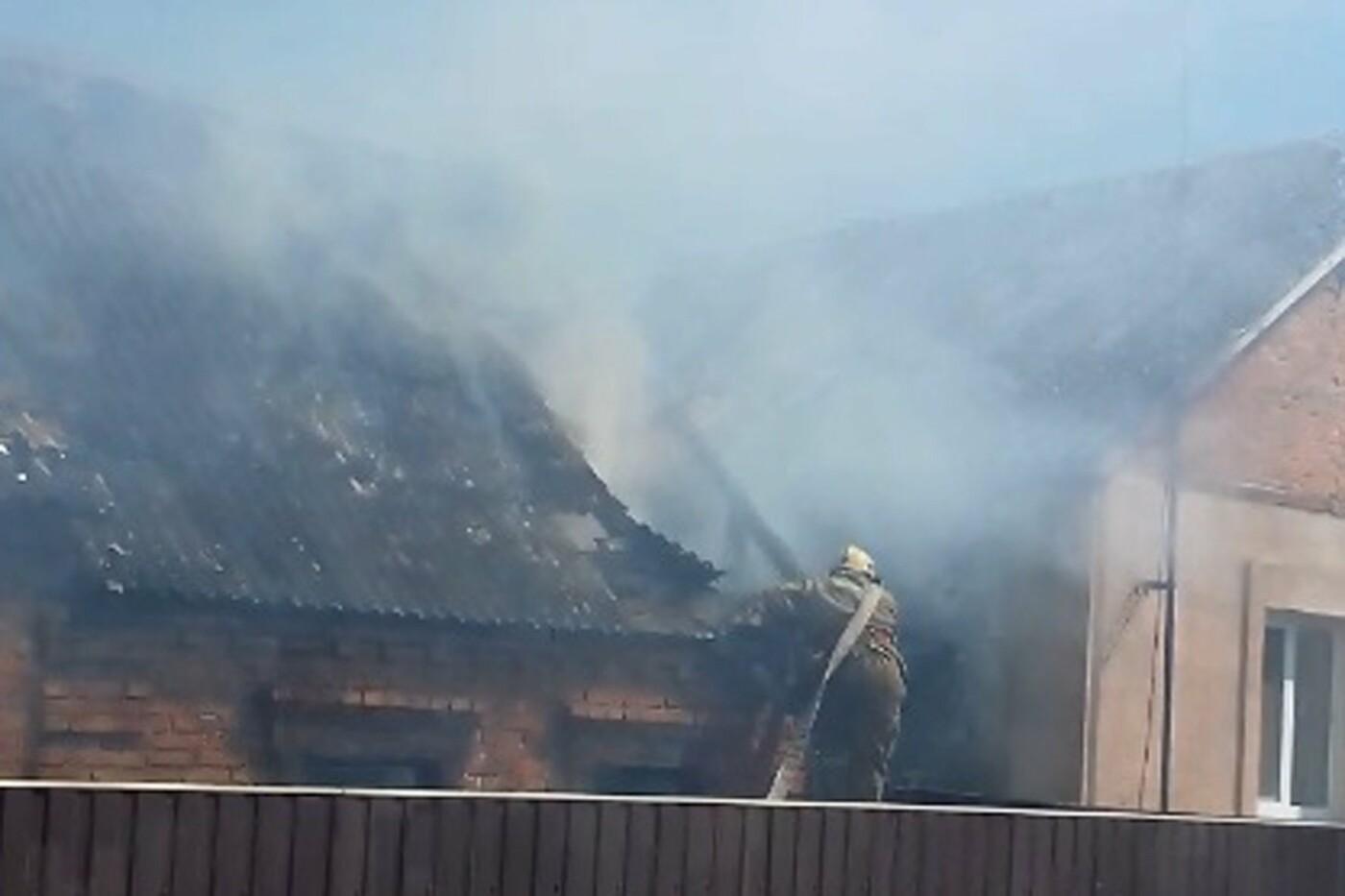 В Сумах горел жилой дом, фото-4