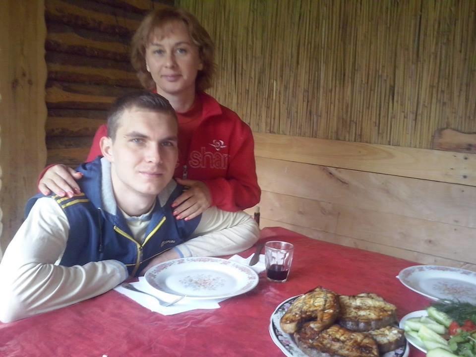 Мама погибшего в ДТП в Харькове сумчанина рассказала, как переживает потерю единственного сына, фото-1
