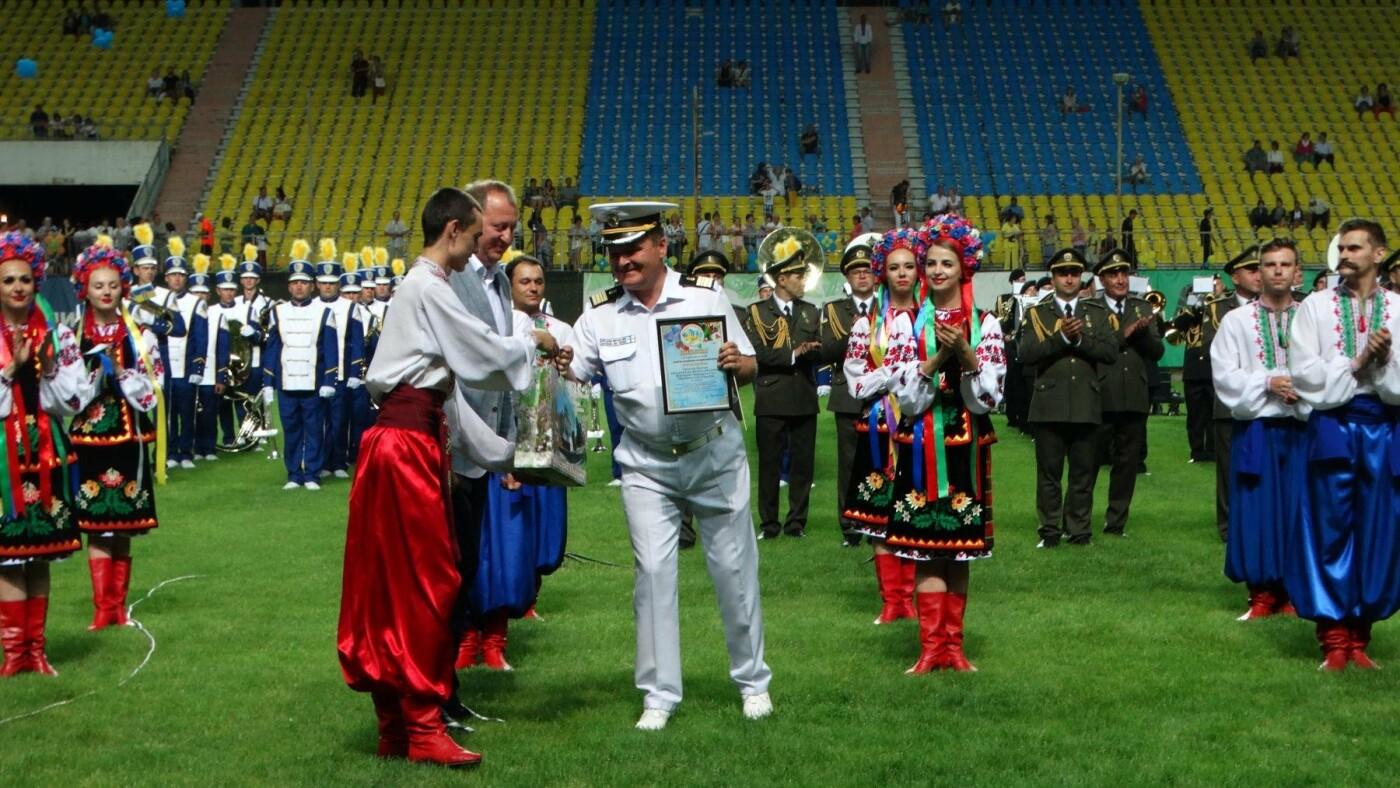 В Сумах на День Конституции установили рекорд Украины, фото-5