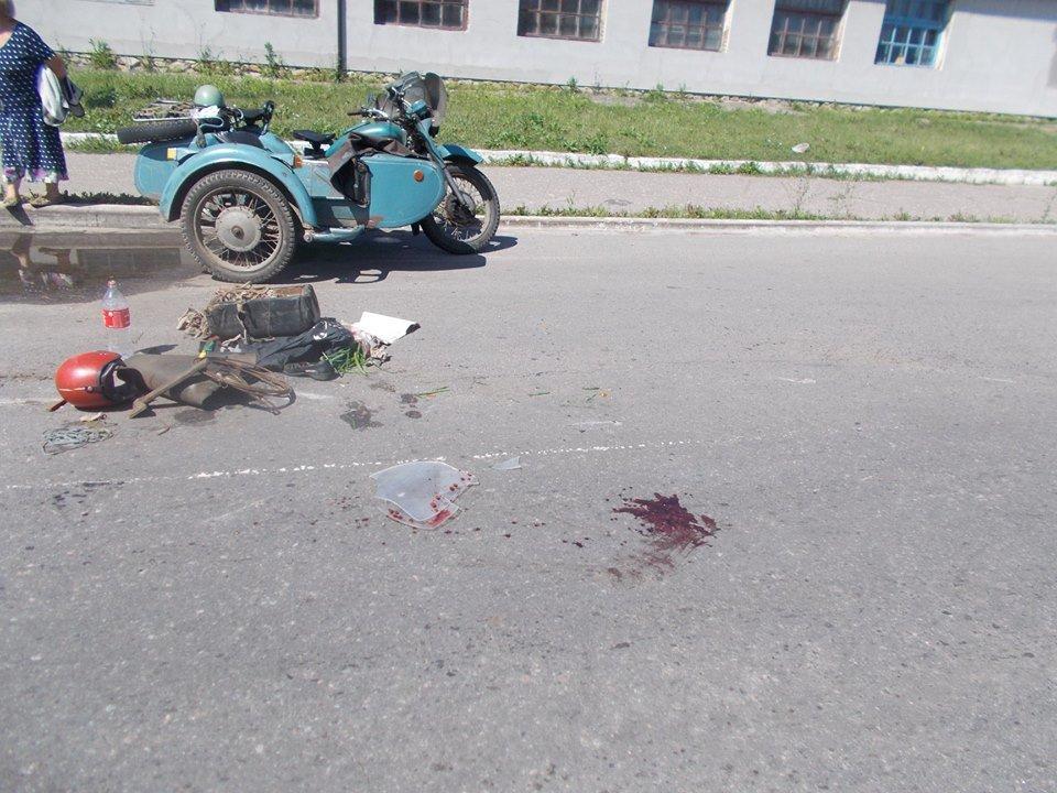 На Сумщине произошло ДТП с участием автомобиля «Джили» и мотоциклиста , фото-2