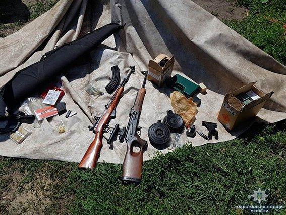 На Сумщині працівники поліції та СБУ виявили підпільний цех по виготовленню набоїв та переробці зброї, фото-3