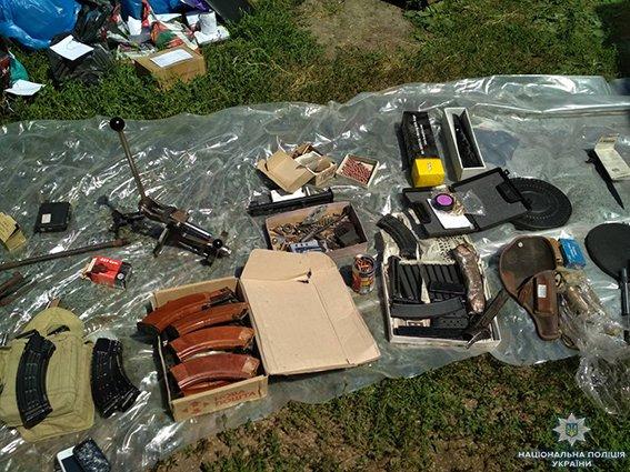 На Сумщині працівники поліції та СБУ виявили підпільний цех по виготовленню набоїв та переробці зброї, фото-4
