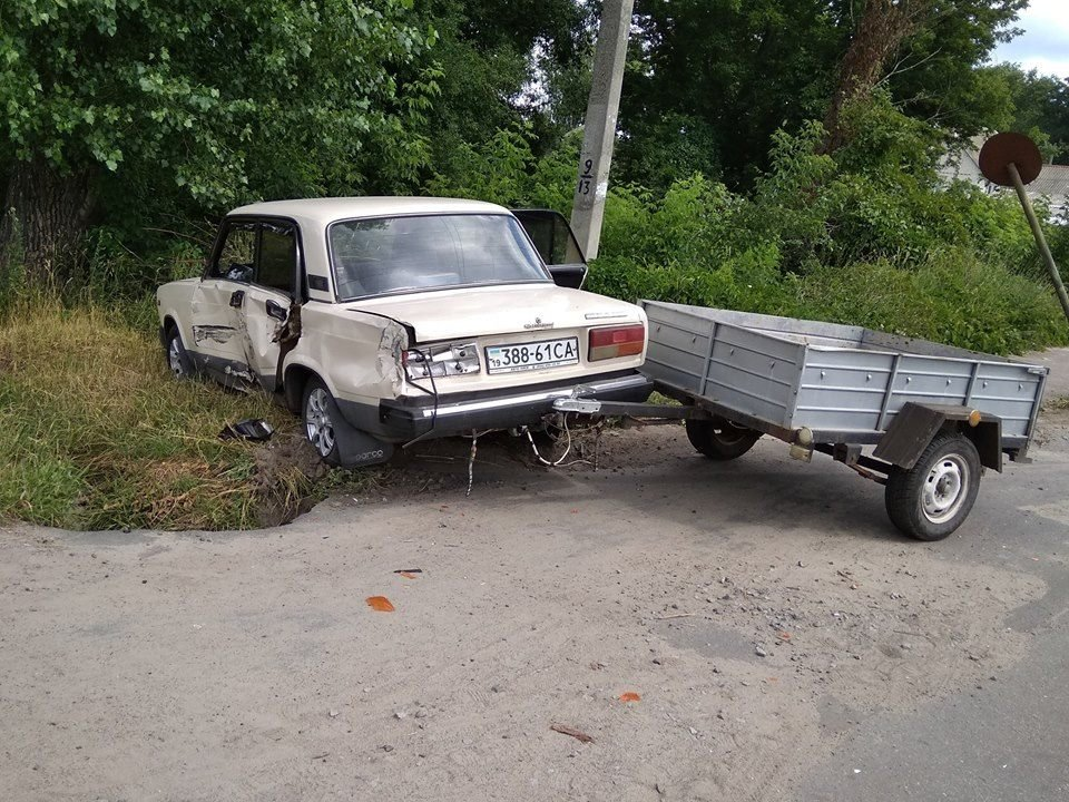 На Сумщине Газель въехала в машину и скрылась с места ДТП, фото-3