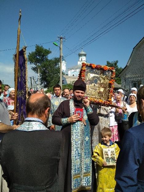 На Сумщине начался крестный ход в честь чудотворной Ахтырской иконы Божией Матери, фото-3