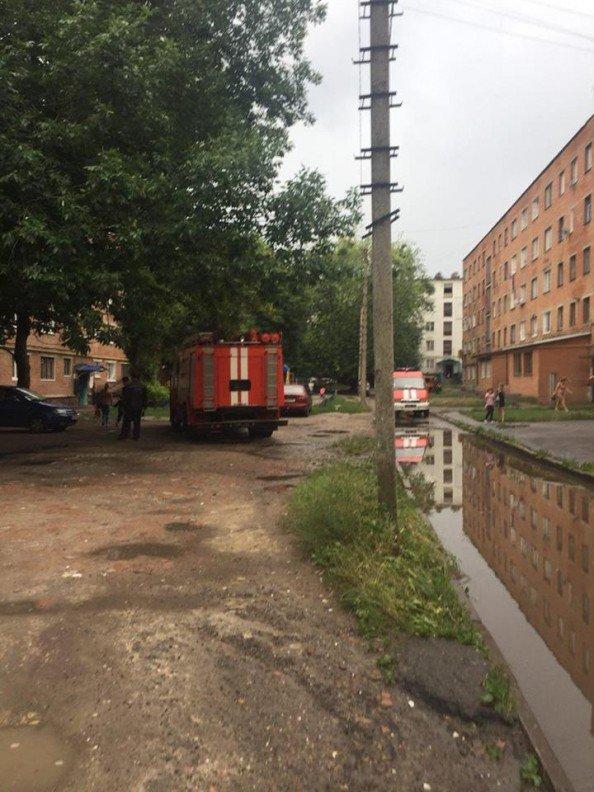 В Сумах пьяный мужчина едва не спалил жилой дом, фото-3