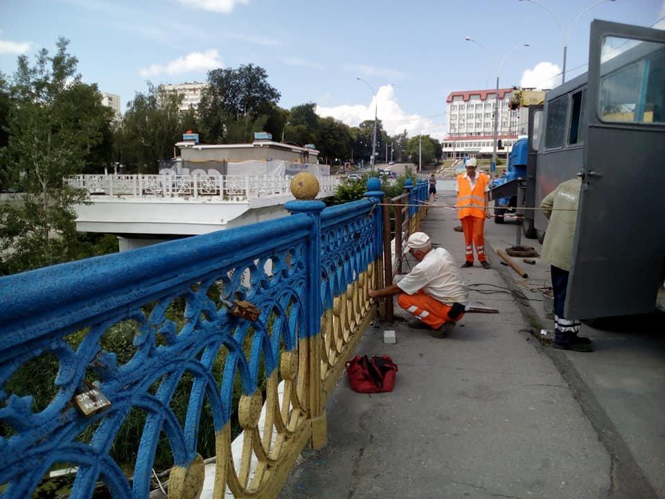 В Сумах из реки достали упавшие секции Харьковского моста, фото-6