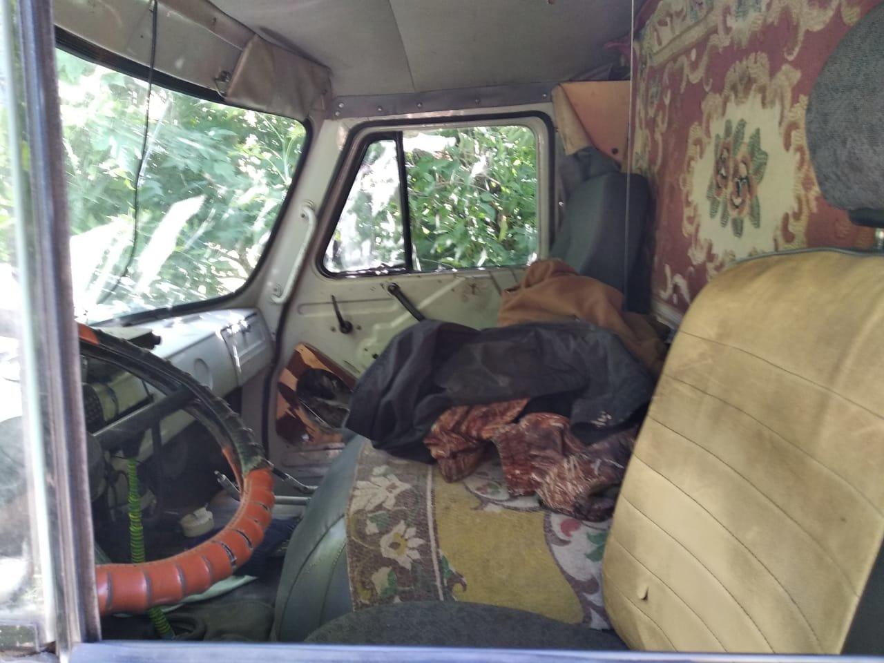 На Сумщине пограничники с применением оружия задержали УАЗ с грузом товаров народного потребления, фото-7