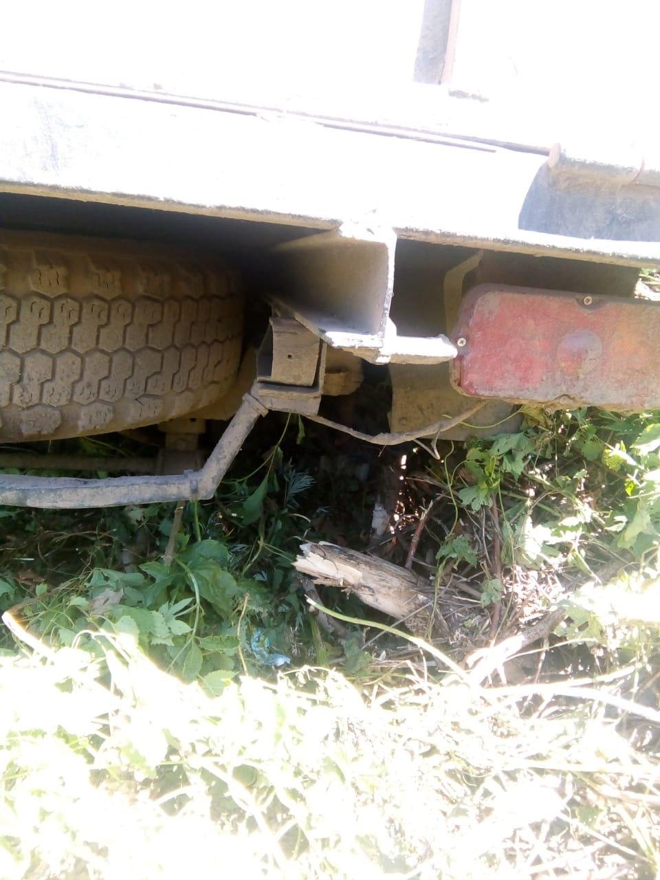На Сумщине пограничники с применением оружия задержали УАЗ с грузом товаров народного потребления, фото-5