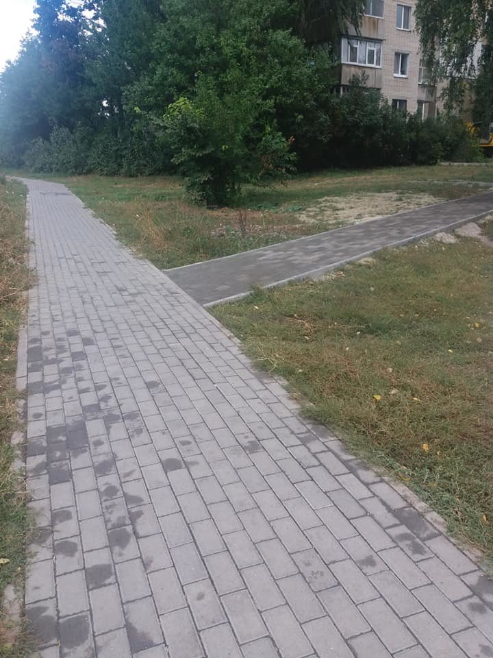 В Сумах продолжается ремонт тротуаров , фото-3