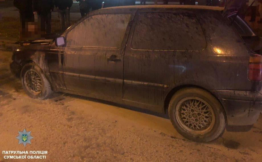 В Сумах на ходу загорелся автомобиль, фото-1