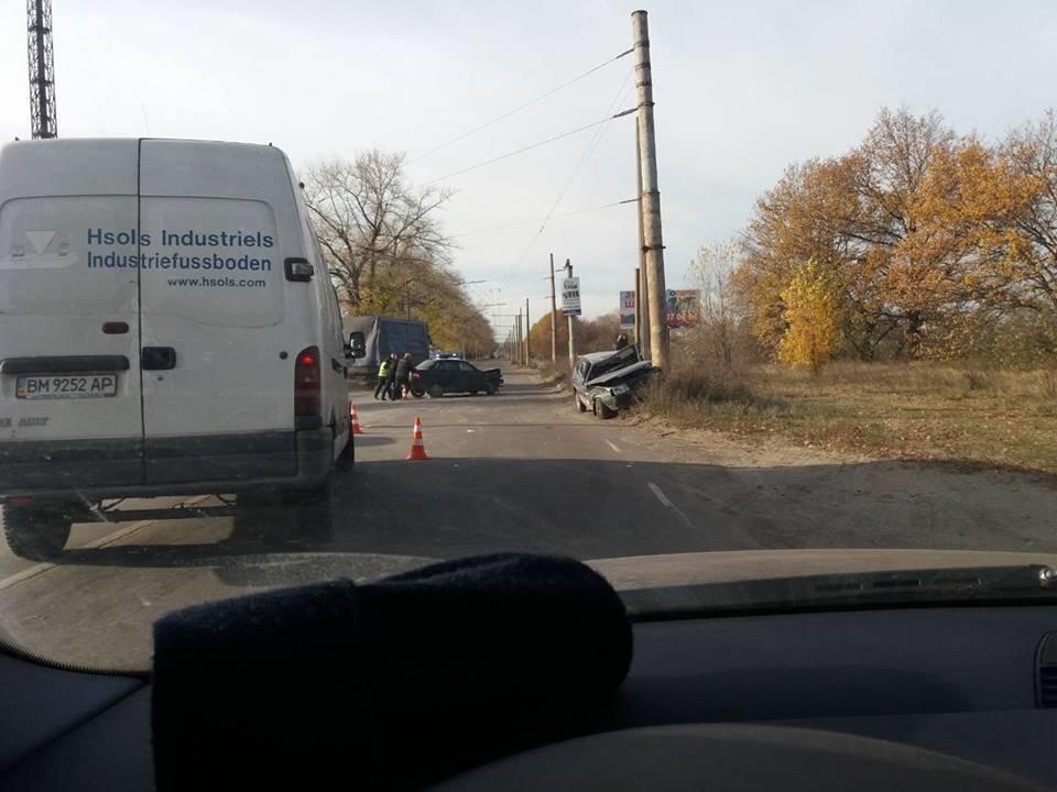 В Сумах возле «Сумыхимпрома» произошло ДТП, фото-1