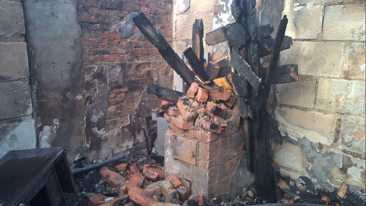 На Сумщине ночью едва не сгорел жилой дом, фото-1