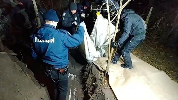 Житель Сумщины до смерти забил свою жену и закопал тело в саду, фото-3