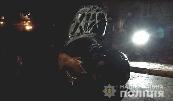 На Сумщине депутату сожгли автомобиль, фото-1