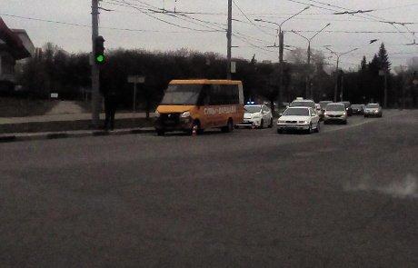 В Сумах произошло ДТП с участием маршрутки , фото-3