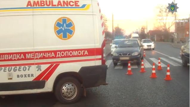 В Сумах 70-летний водитель на переходе сбил бабушку, фото-1