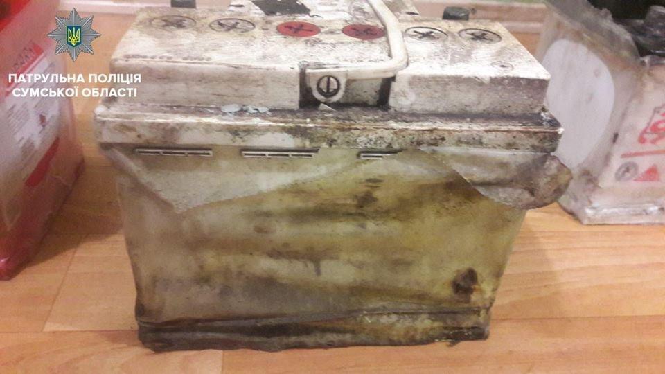 В Сумах патрульные остановили авто с аккумуляторами и иностранными номерными знаками в багажнике, фото-3