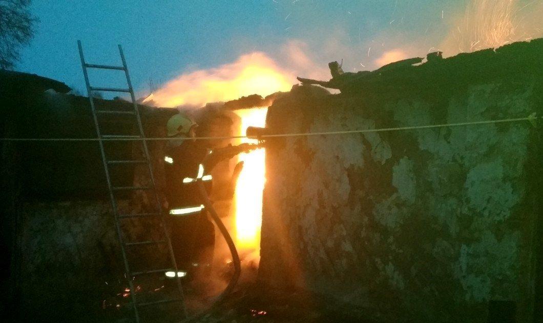 На Сумщине пожарные спасли 2 дома и 2 хозяйственные постройки, фото-2