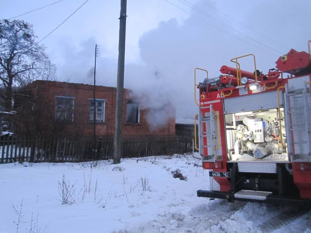 На Сумщине свидетели пожара спасли женщину, фото-1