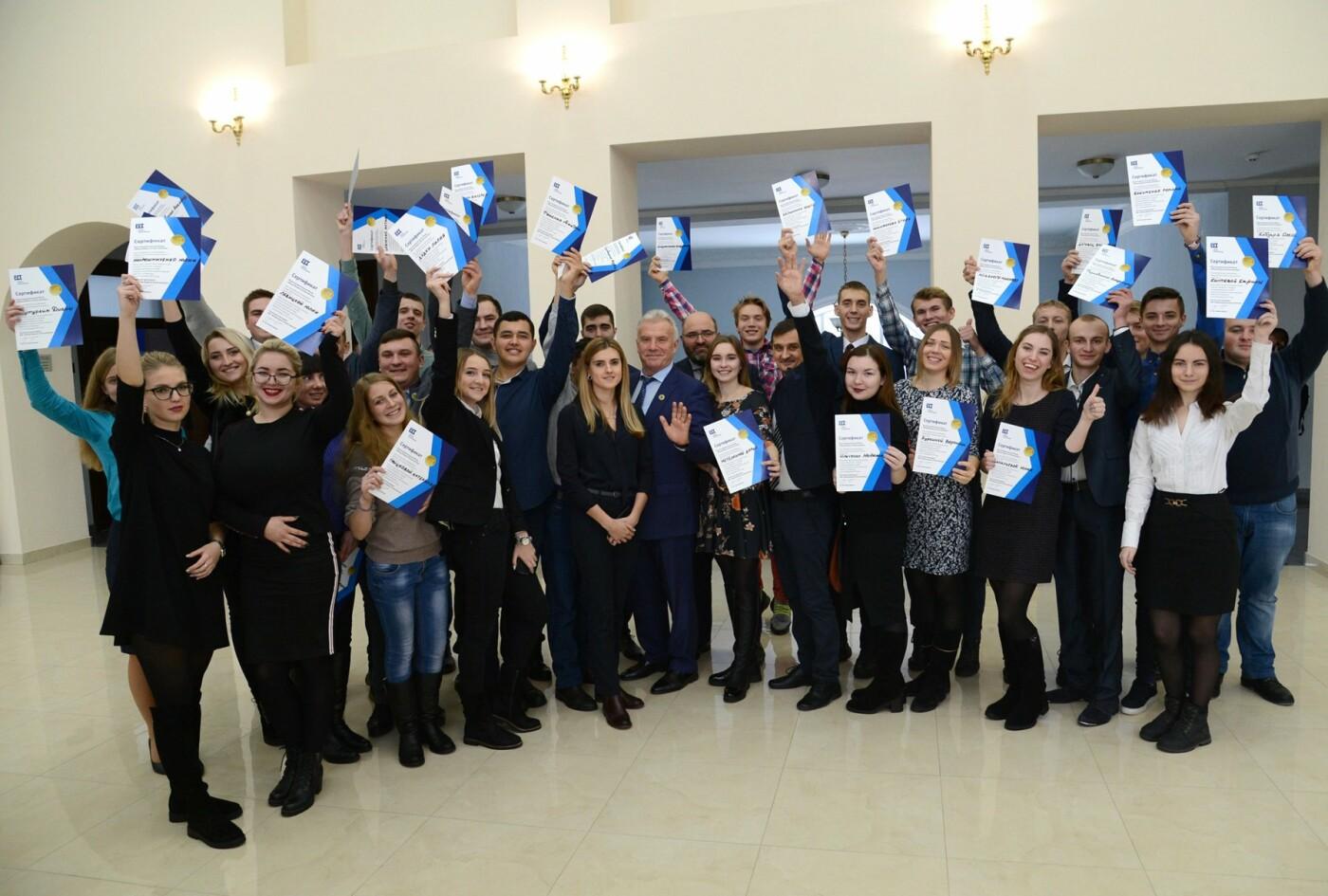 Студенты из Сум выиграли образовательный конкурс и едут во Францию, фото-2