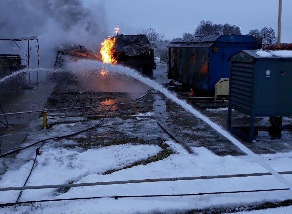 На Сумщине загорелся передвижной автогазозаправщик, фото-3