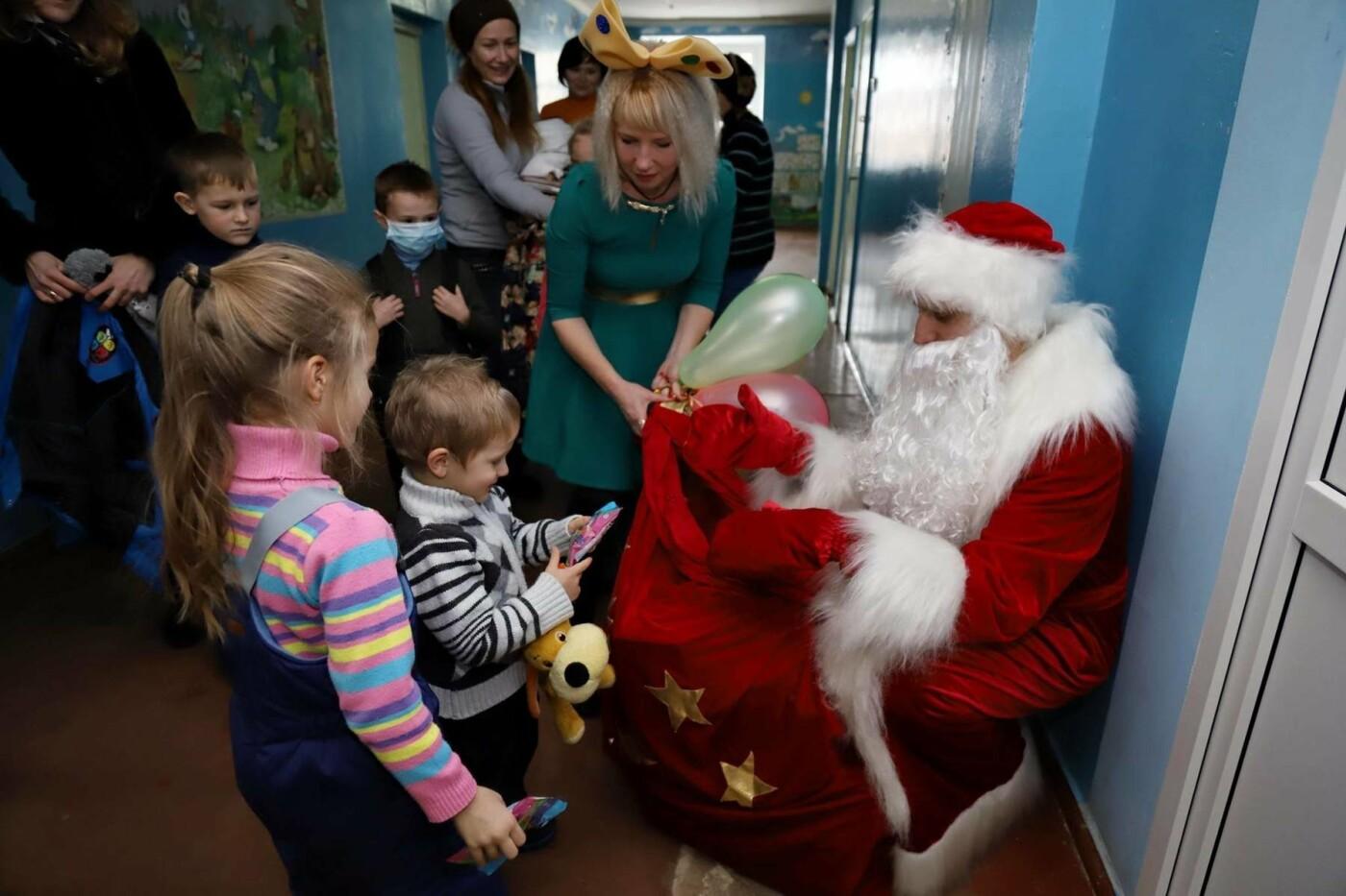 В сумских больницах поздравляли маленьких пациентов с Днем Святого Николая, фото-9