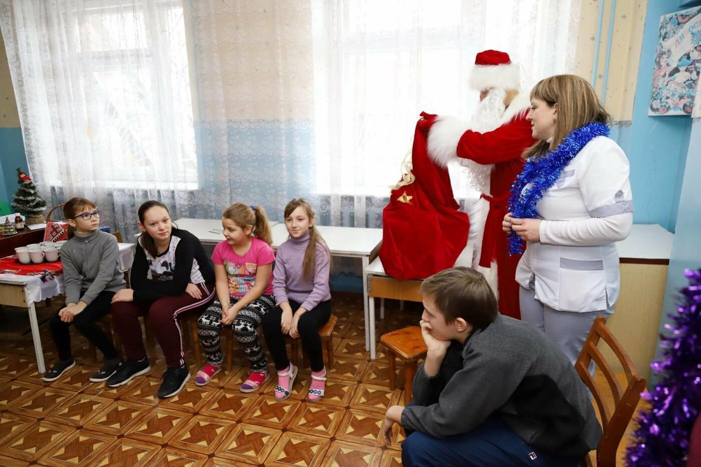 В сумских больницах поздравляли маленьких пациентов с Днем Святого Николая, фото-10