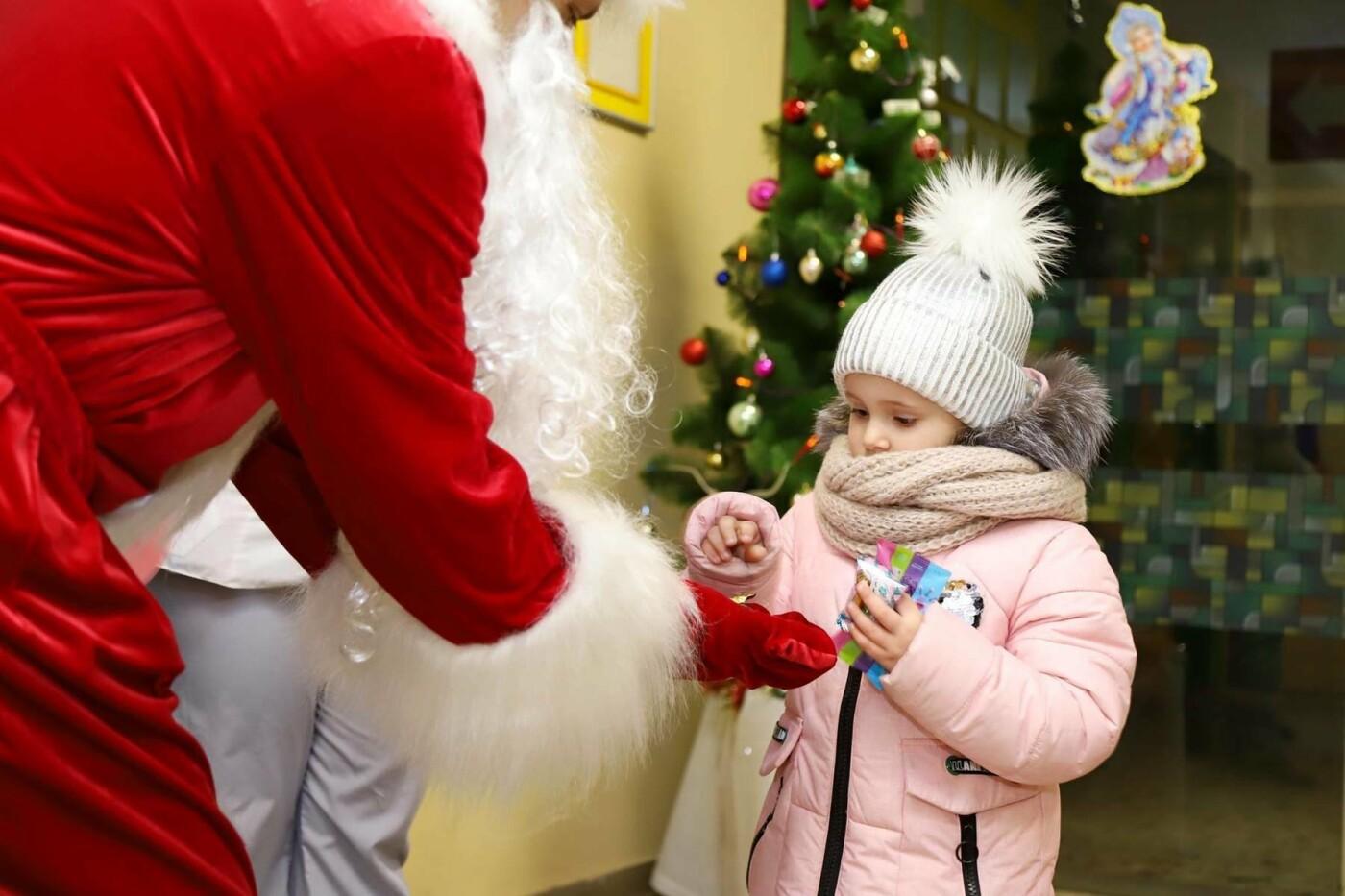 В сумских больницах поздравляли маленьких пациентов с Днем Святого Николая, фото-7