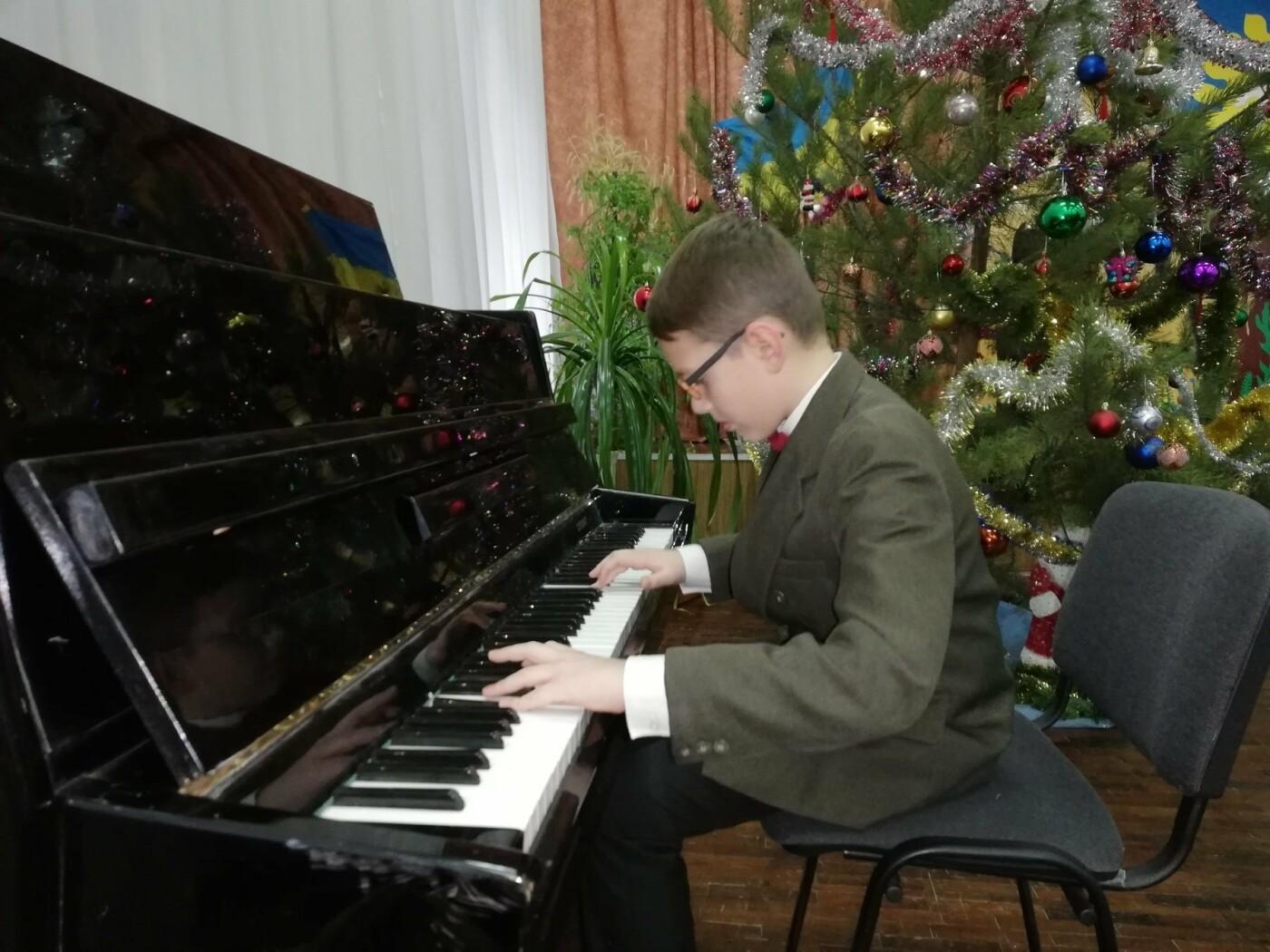 В областной детской больнице Сум провели благотворительный концерт, фото-6